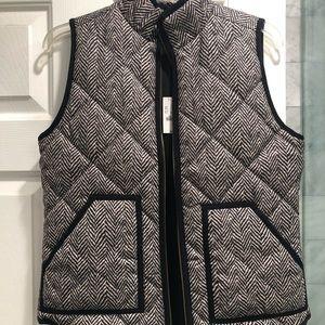 JCrew herringbone puffy vest. Brand new.
